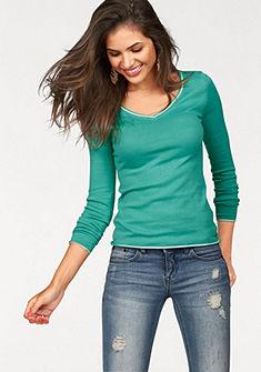 Контрастный пуловер с V-образным вырезом AJC