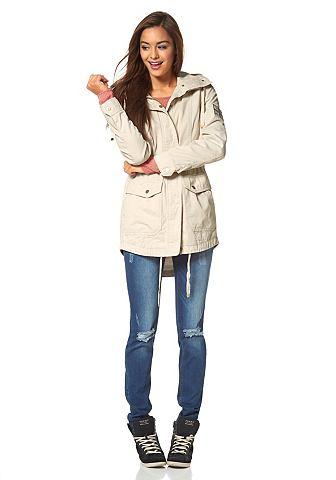 Куртки ветровки женские с чем носить