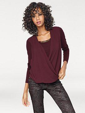 Моделирующая блузка